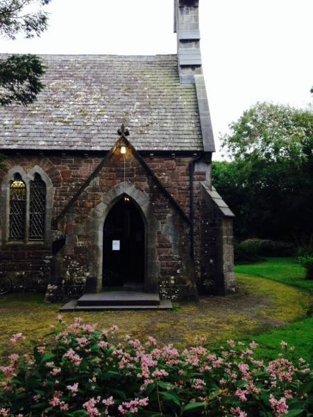 1_Church-of-St.-John-the-Baptist-outside